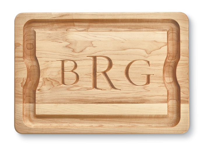 9952: Monogrammed Carving Board (Product Detail)