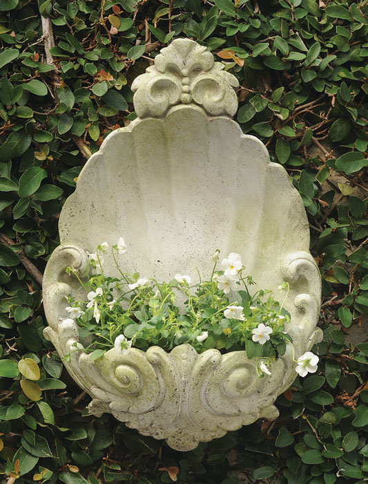 9717: Scalloped Wall Planter (Product Detail)