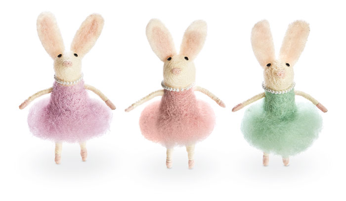 9594: Ballerina Bunnies with Pearls (Set of Three) (Product Detail)