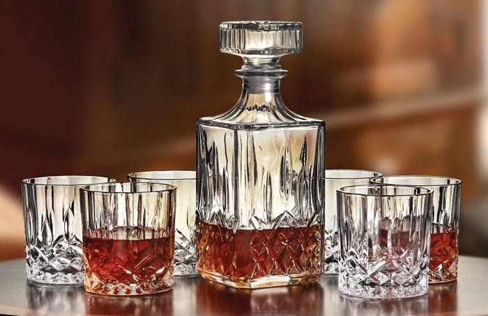 9131: Crystal Decanter with Six Old-Fashioned Glasses (Set of Seven) (Product Detail)