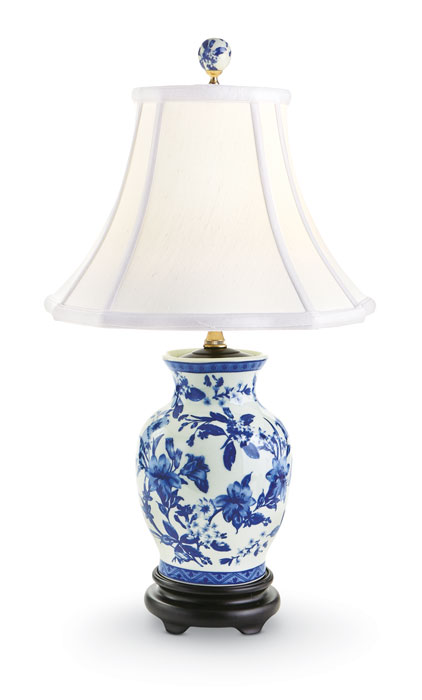 9246: Blue and White Floral Lamp (Product Detail)