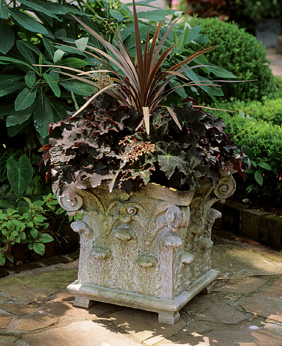 1711: Corinthian Planter (Product Detail)