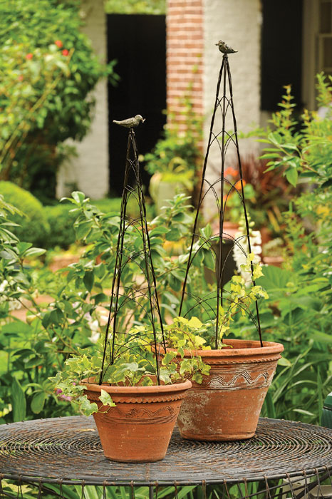 """3996: Bird Wire Topiary 30""""H (Product Detail)"""