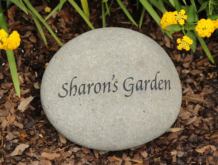 4006: Garden Stone - Personalized (Product Detail)