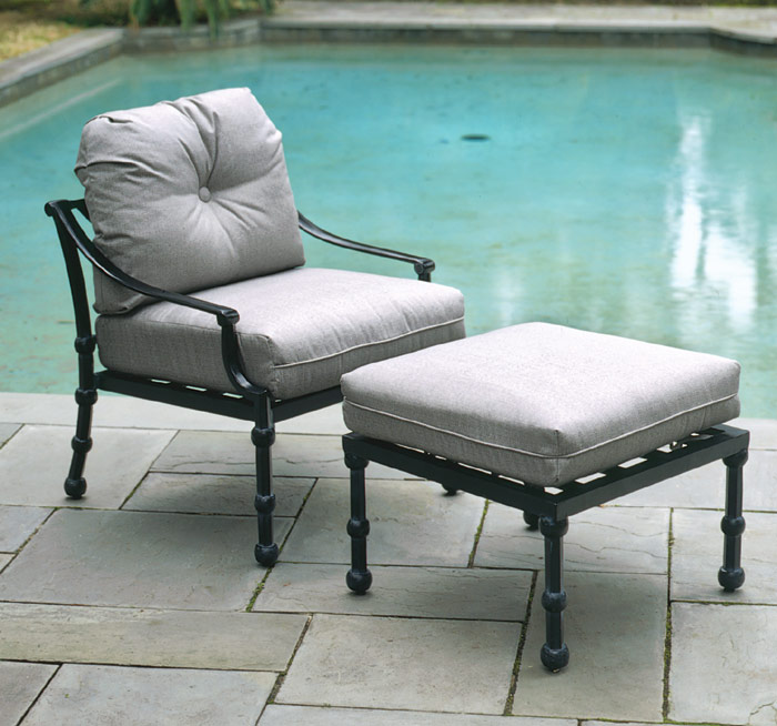 1760: Peninsula Deep Seat Lounge Chair (Product Detail)
