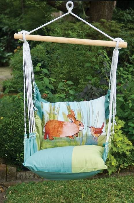 8028: Wren and Bunny Pillow and Swing (Product Detail)