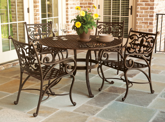 Bon 5115: Fleur De Lis Round Dining Table And Four Dining Armchairs (Product  Detail)