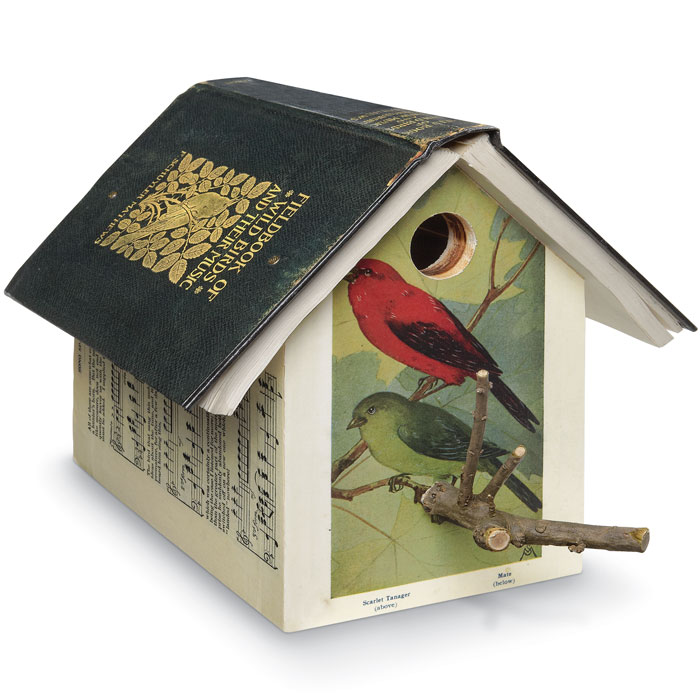 5268: Book Birdhouse: Wild Birds and Their Music (Product Detail)