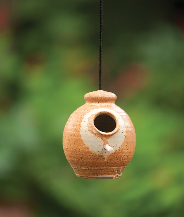 5347: Ceramic Hanging Feeder with Wooden Perch (Product Detail)
