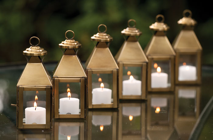 6370: Classic Mini Lanterns (Set of Six) (Product Detail)