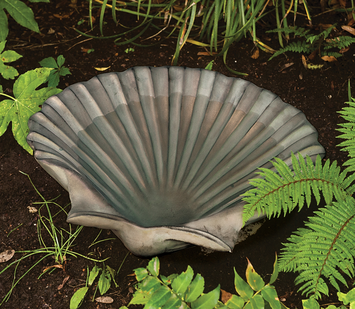 6264: Scallop Shell Birdbath (Product Detail)