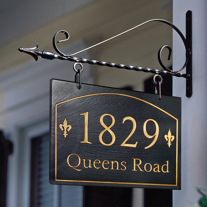 6824: Fleur de Lis Slate Hanging Sign (Product Detail)