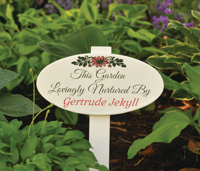 7415: Garden Nurture Sign - Personalized (Product Detail)