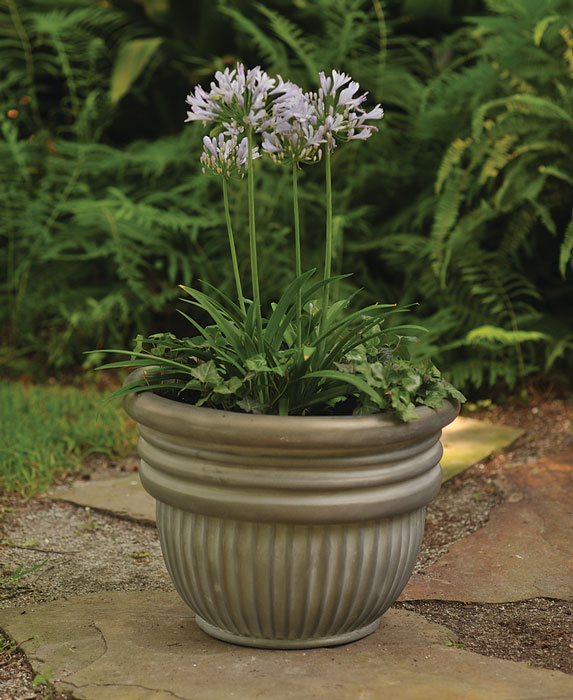 6978: Round Ribbed Planter  (Product Detail)