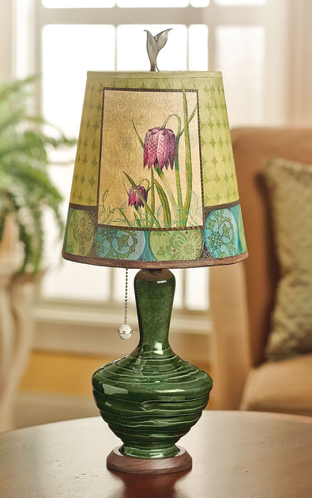 7828: Ugone Lily Lamp (Product Detail)