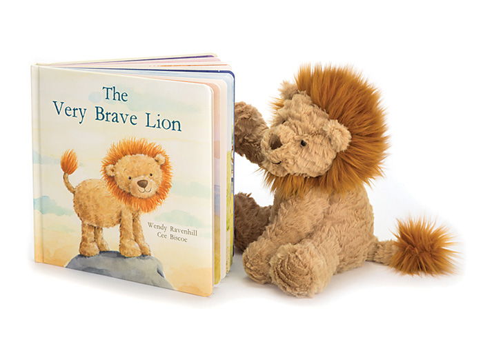 7945: Brave Lion with Book (Set of Two) (Product Detail)