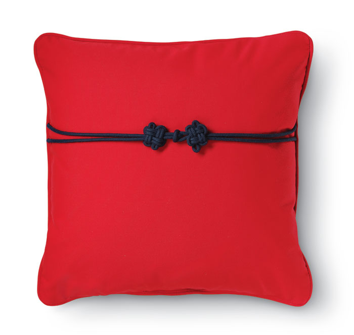 7949: Red Outdoor Pillow with Frog Enclosure (Product Detail)