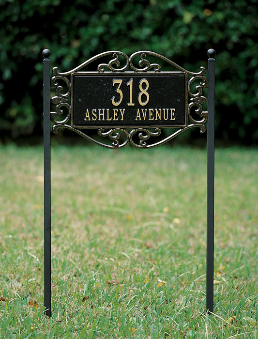 6328: Fretwork  Lawn Address Sign (Product Detail)