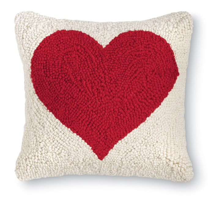 8517: Heart Pillow (Product Detail)