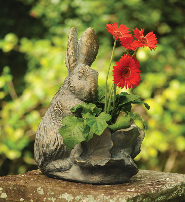 8630: Rabbit with Cabbage Planter (Product Detail)