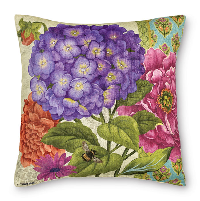 8801: Bold Blossom I Pillow (Product Detail)